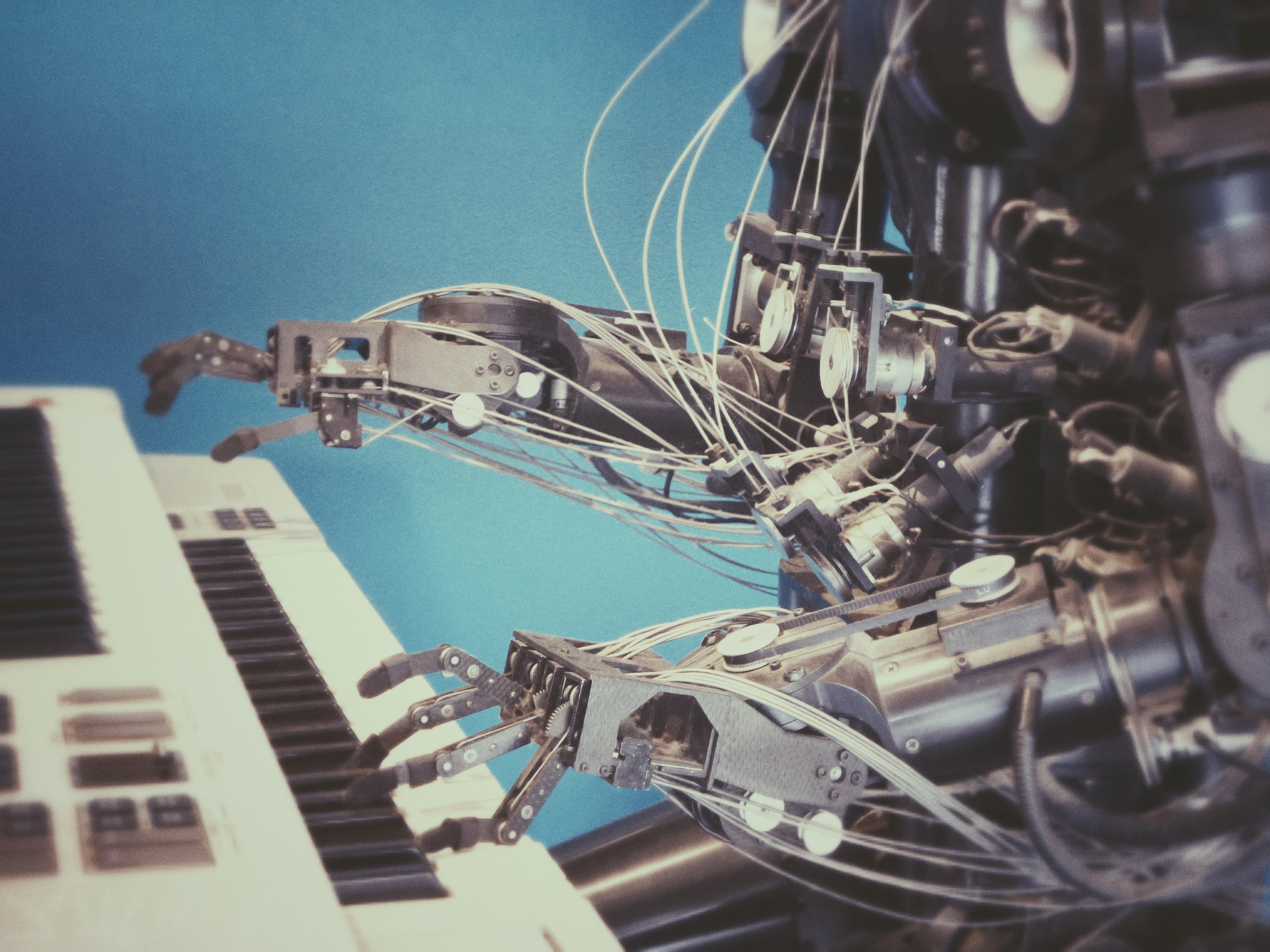 3 formas de transformar un chatbot sencillo en un asistente inteligente