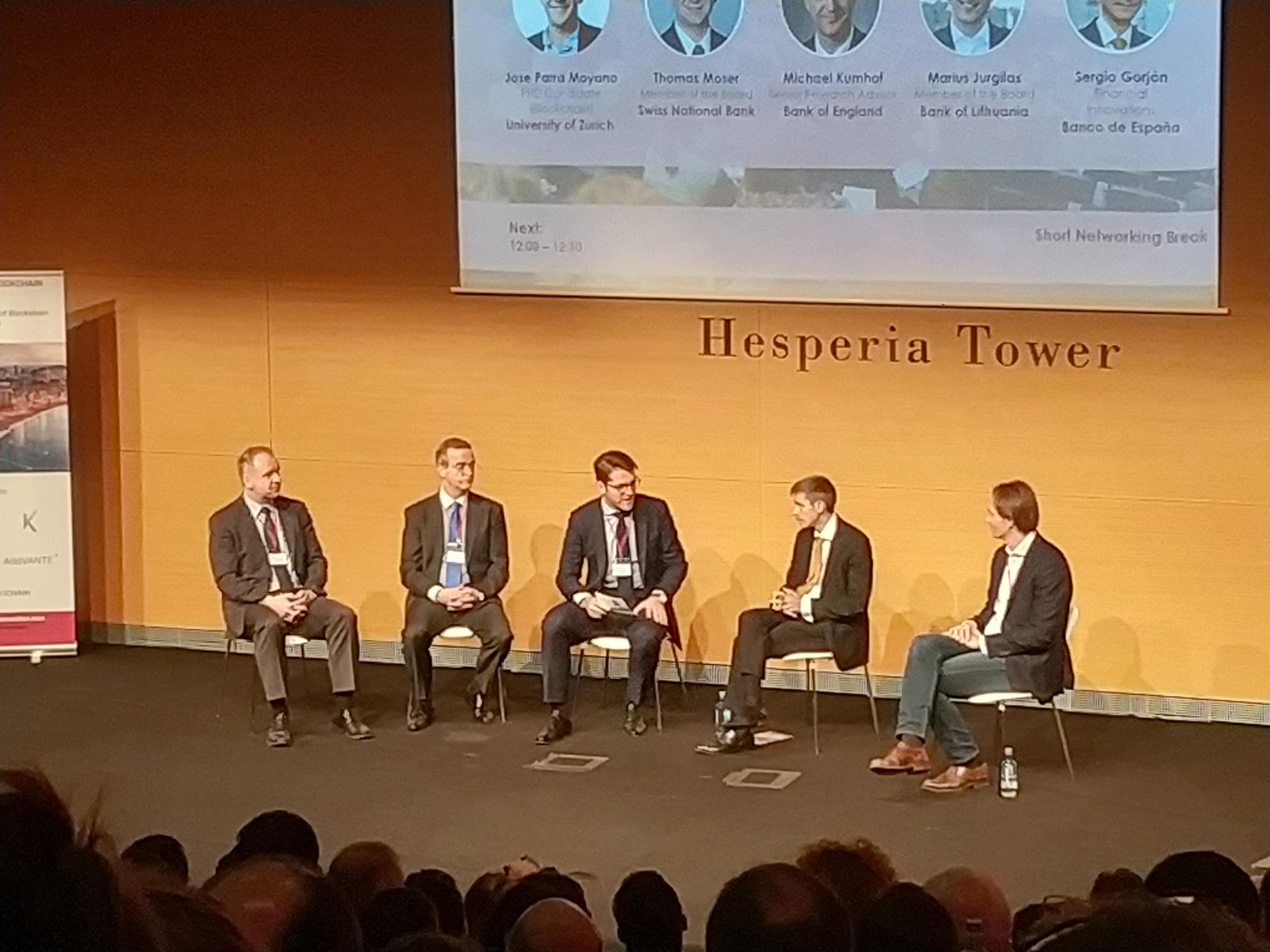Blockchain : Desatando el potencial de una tecnología que va a cambiar nuestra forma de entender el mundo…
