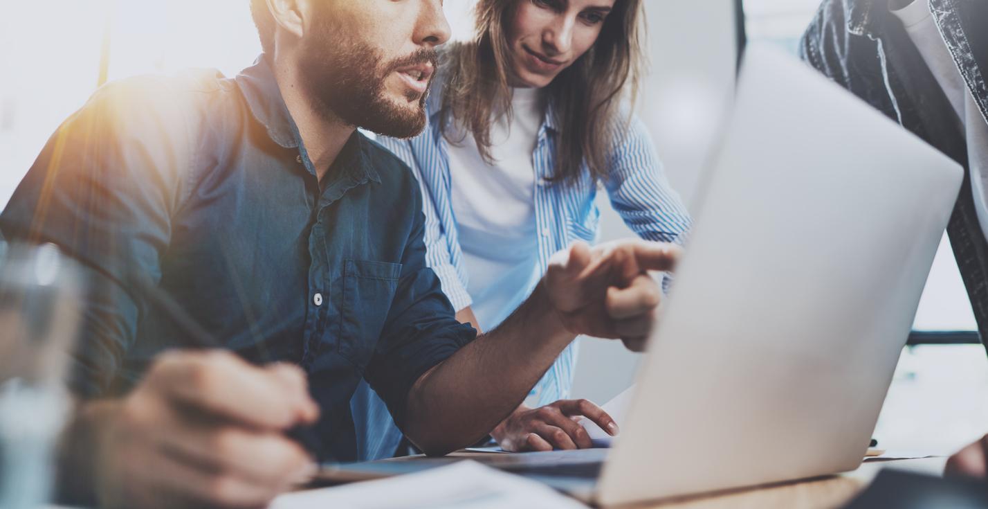 Base de datos de clientes en Excel: ¿funciona para grandes empresas?