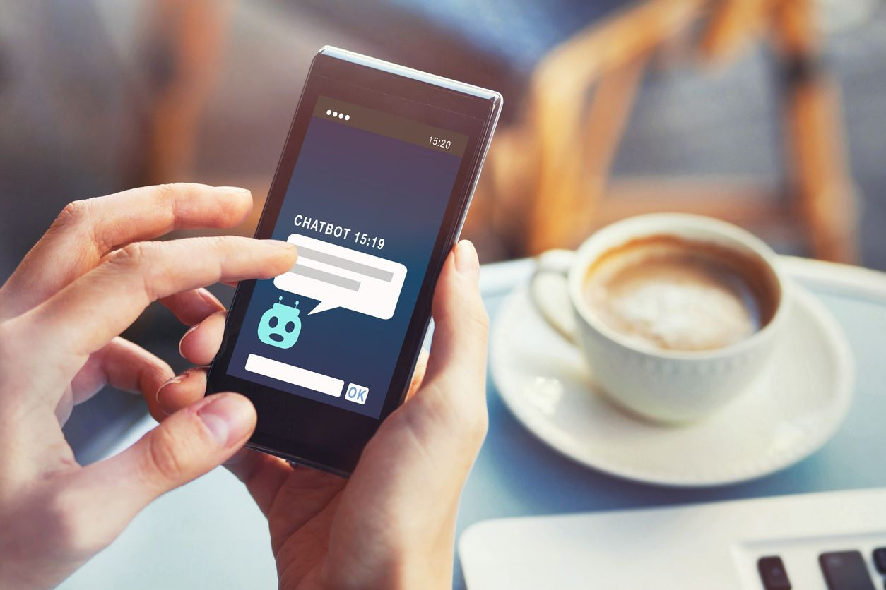 ¿Qué es Chatbot marketing?: 4 claves para tener éxito y no morir en el intento